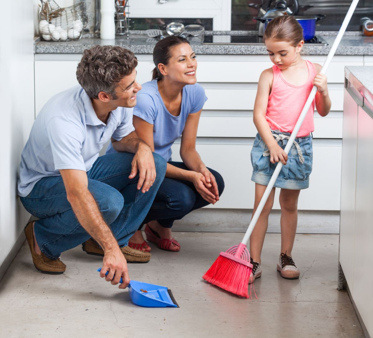 ruolo-padri-madri-famiglia-organizzazione-domestica